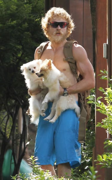 Shirtless Spencer Pratt