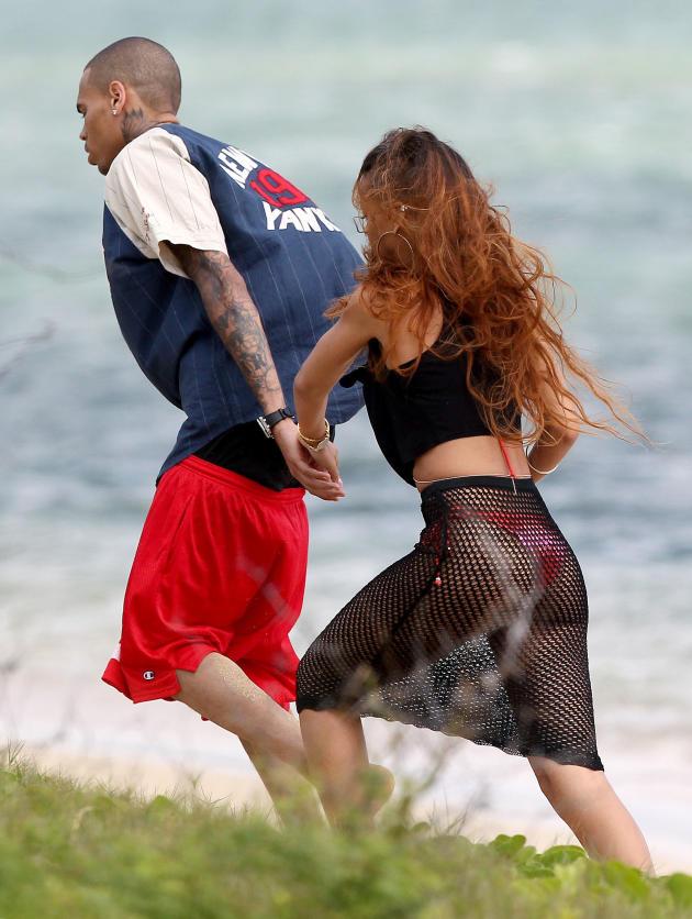 Rihanna and Chris in Hawaii