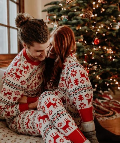 Audrey and Jeremy Roloff, Christmas Snuggles