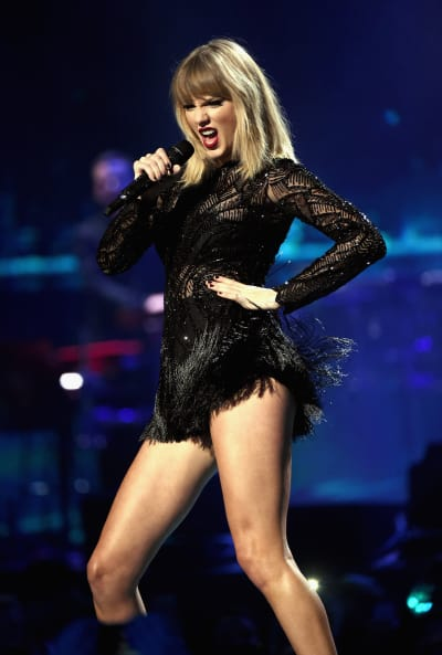 Taylor Swift Rocks