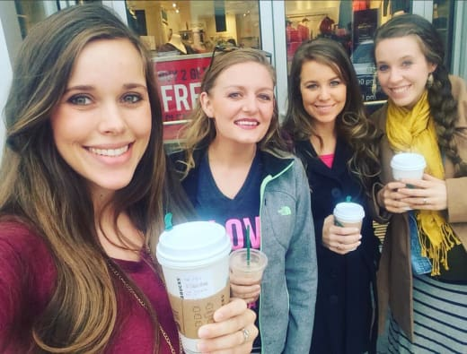 Are any of the duggar girls dating