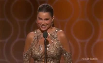 """Sofia Vergara Jokes About """"Anal"""" Tradition of the Golden Globes"""