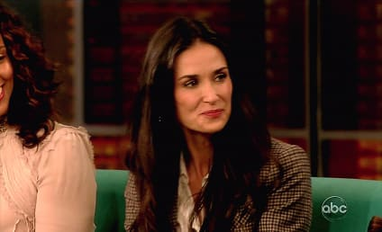 Demi Moore Unveils New Twitter Handle