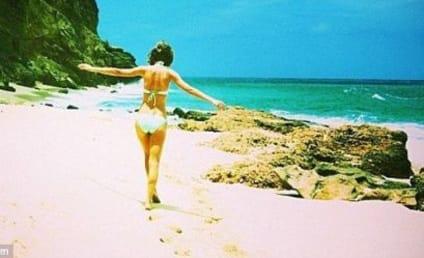 Taylor Swift Bikini Photo: Easter Egg Hunt Reveals Banging Body!