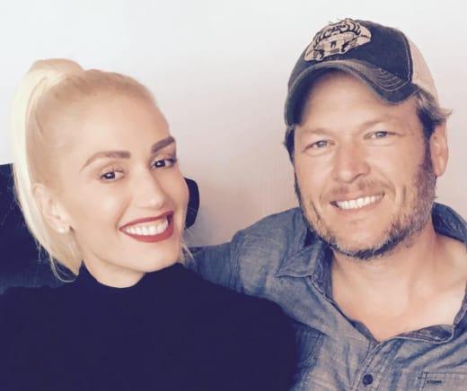 Gwen Stefani Blake Shelton Smile Vegas Pic