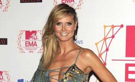 What do you think of Heidi Klum's MTV EMAs outfit?