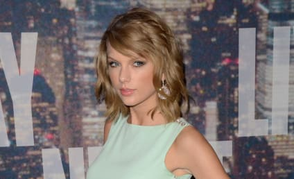 Taylor Swift Gets Response From Ellen Pompeo... As Dr. Meredith Grey!