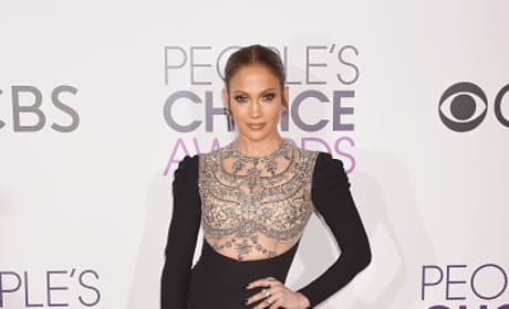 Jennifer Lopez at the People's Choice Awards