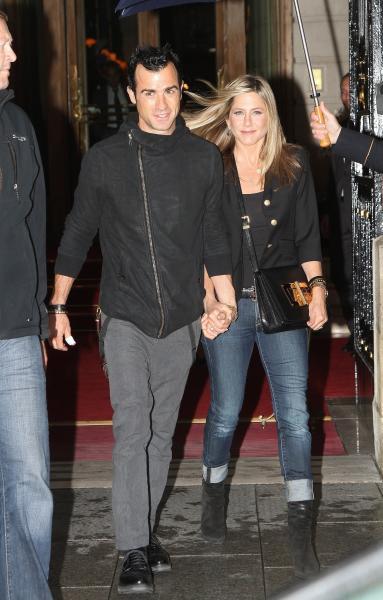 Jennifer Aniston and Justin Theroux Photograph