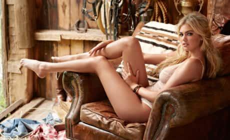 Kate Upton Sexy Photo