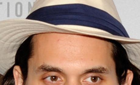 John Mayer's hair looks better long or short?