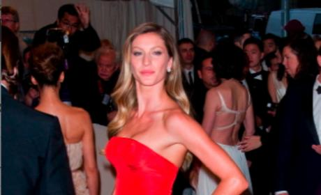 Who looked better at the MET Gala, Gisele or Miranda?