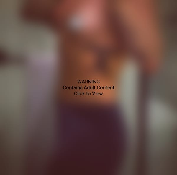 Demi Lovato Topless Photo