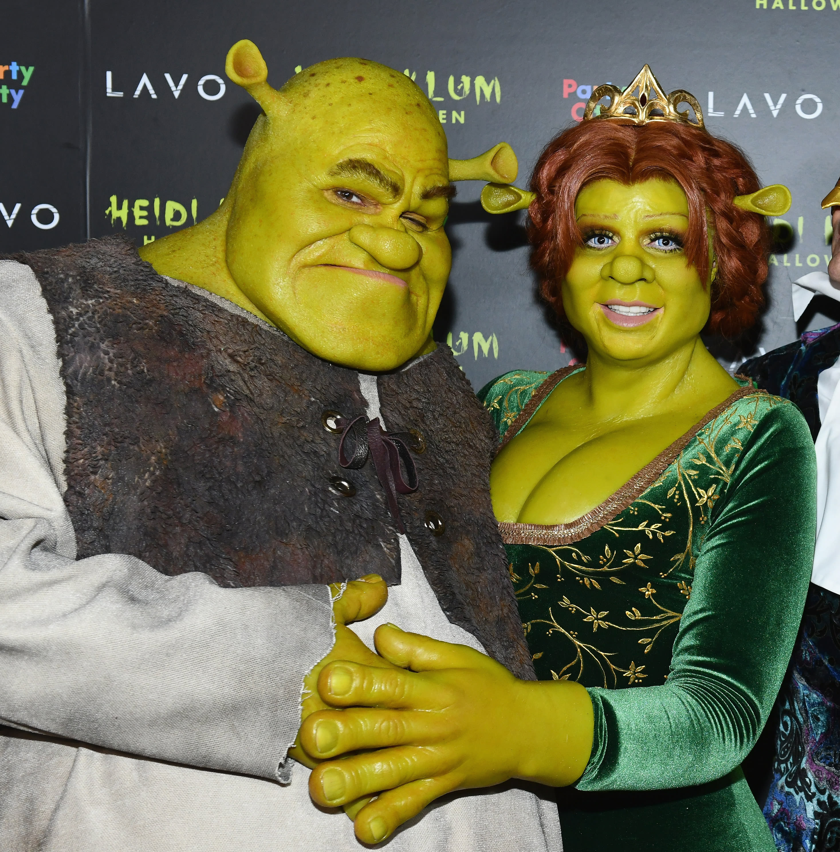 foto Heidi Klum Wins Halloween With This Incredible Old LadyCostume