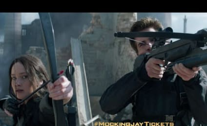 The Hunger Games Mockingjay Part 1: New Footage!