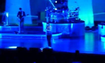 Kelly Clarkson Sets American Idol Single Record