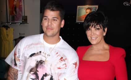 Rob Kardashian to Kris Jenner: Pay Up Or I'm Not Doing The Christmas Photo!