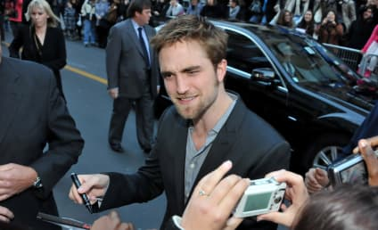 Robert Pattinson and Ashley Greene Meet & Greet in Paris