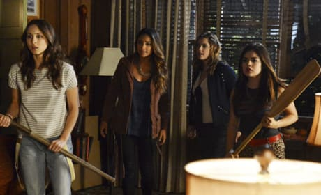 Pretty Little Liars with Bats