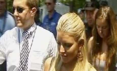 Jessica Simpson Sings National Anthem