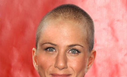 Jennifer Aniston: BALD (in Fake Facebook Photo)!