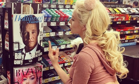 Courtney Stodden Flipping Off Billy Bush