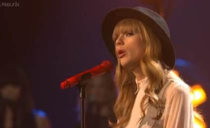 "Taylor Swift Performs ""State of Grace"" on X Factor Results Show"