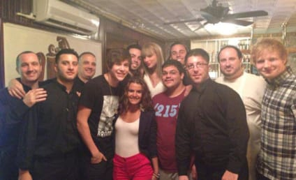 Taylor Swift Surprises Restaurant Chef with Tickets, Giant Tip