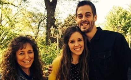 19 Kids and Counting Season 15 Episode 13 Recap: (Lots of) Duggars Say I Do!