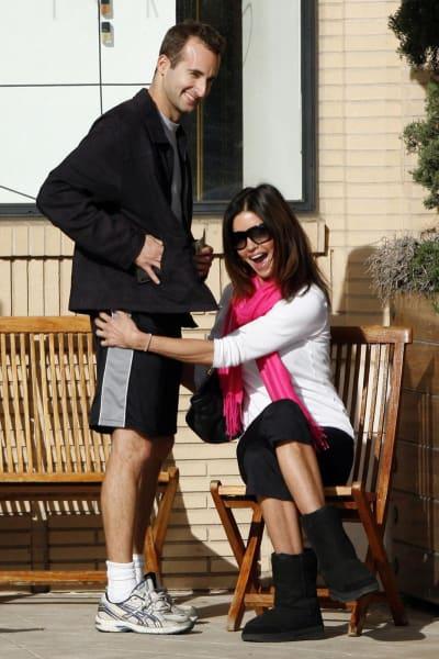 27 Embarrassing Unseen Celebrity Photos - Nip Slip, Crotch ...