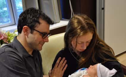 Chelsea Clinton Baby Photos: Released! Precious!