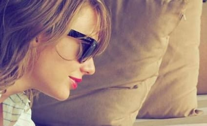 Taylor Swift: I Don't Hate Adele! I'm Just on Vacation!