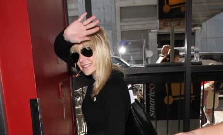 Anna Faris Arrives at LAX