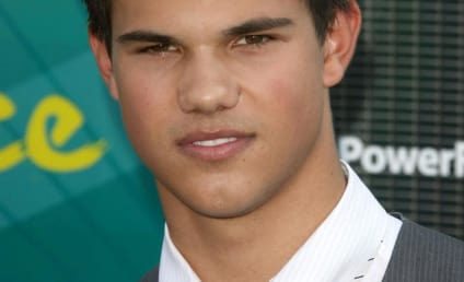 Teen Choice Awards Fashion Face-Off: Kellan Lutz vs. Taylor Lautner
