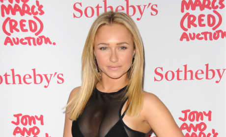Hayden Panettiere Looking Fab