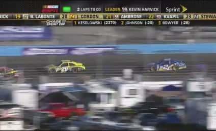 NASCAR Pit Crew Brawl: Clint Bowyer, Jeff Gordon Teams Fight During Race!