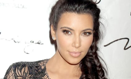 Pregnant Kim Kardashian Makes Red Carpet Debut