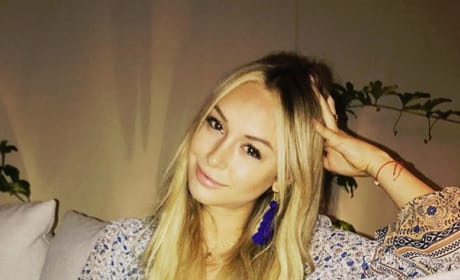 Corinne Olympios Lounges