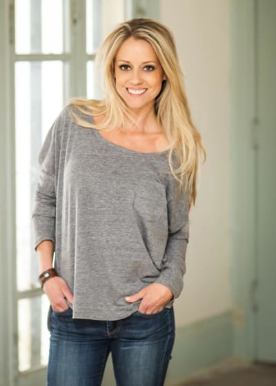 Nicole Curtis Picture