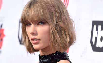 Taylor Swift Ogles, Thanks Calvin Harris at iHeartRadio Music Awards