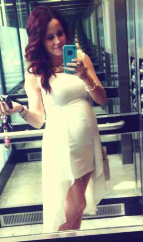 VERY Pregnant Jenelle Evans