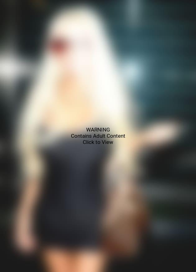Courtney Stodden in Black