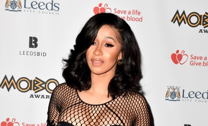 Cardi B Flaunts Naked Post-Baby Body Six Weeks After Giving Birth!