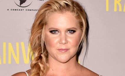 "Amy Schumer Addresses Gun Violence, Thinks About Shooting Victims ""Everyday"""