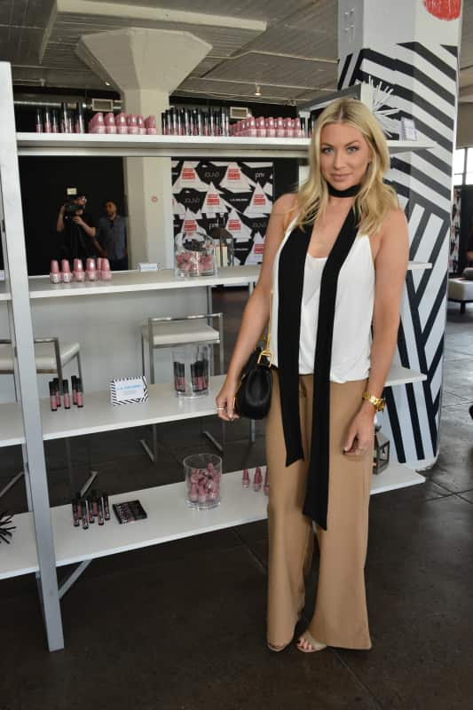 Stassi Schroeder: Colgate Optic White Beauty Bar