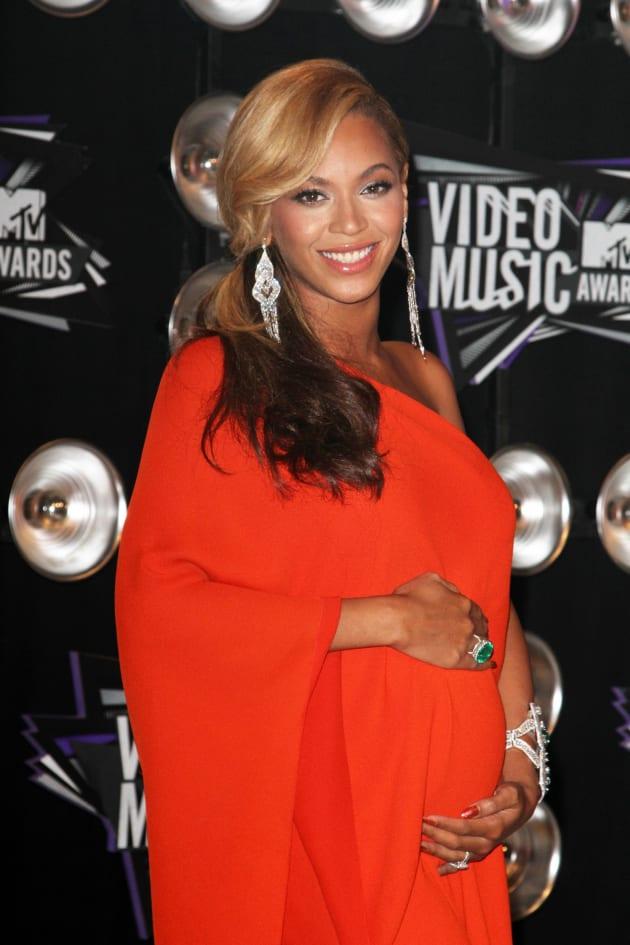 Beyonce Baby Bump