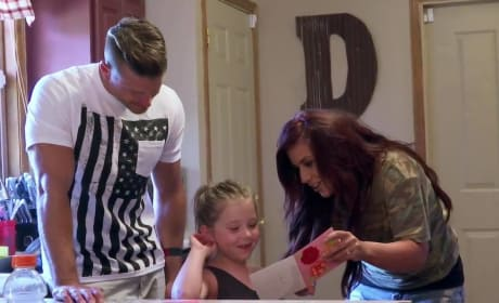 Chelsea Houska: See Her Tell Aubree She's Becoming a Big Sister!