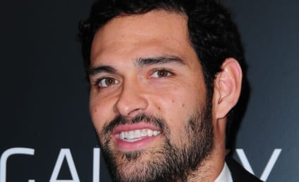 Mark Sanchez Sucks It Up Again, Jets Fans Push for Benching