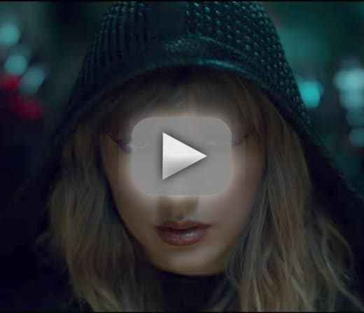 Taylor swift nude in new music video