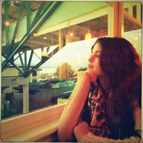 Selena Gomez Ponders